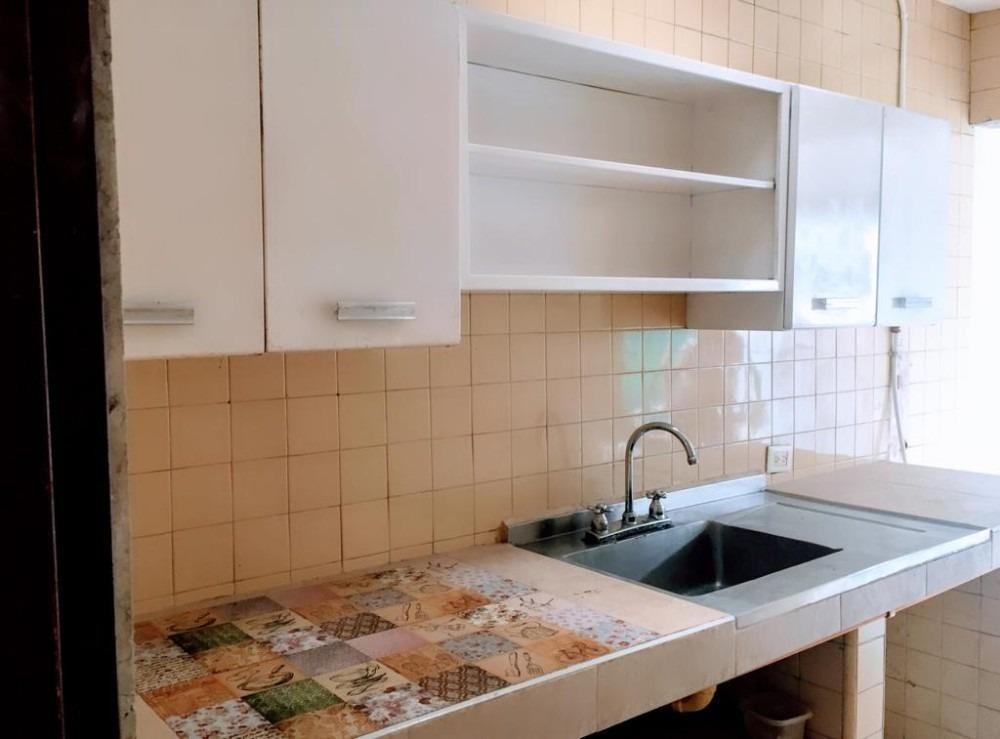se arrienda apartamento  en vipasa con servicios incluidos