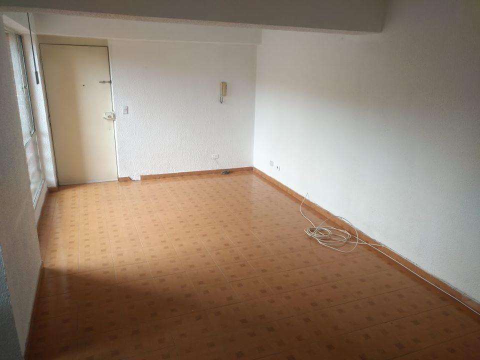 se arrienda apartamento salitre