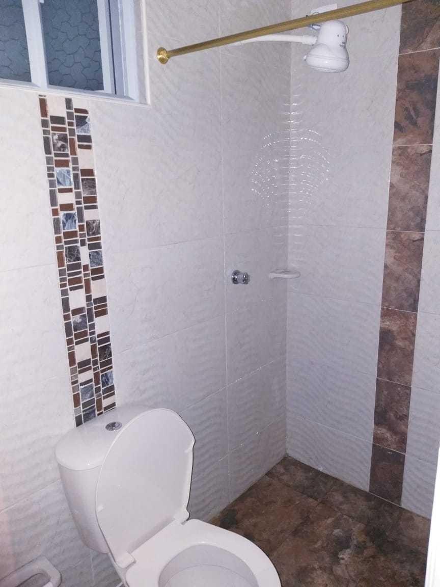 se arrienda apto 2 habitaciones un baño