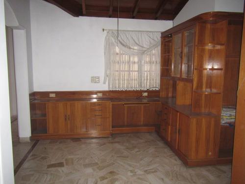 se arrienda casa sector caobos
