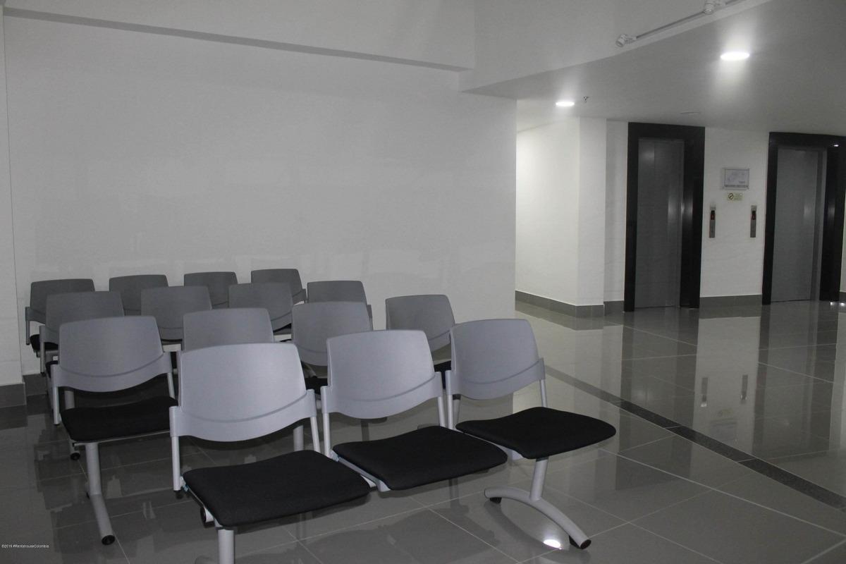 se arrienda consultorio en calahorra mls 19-1027 fr