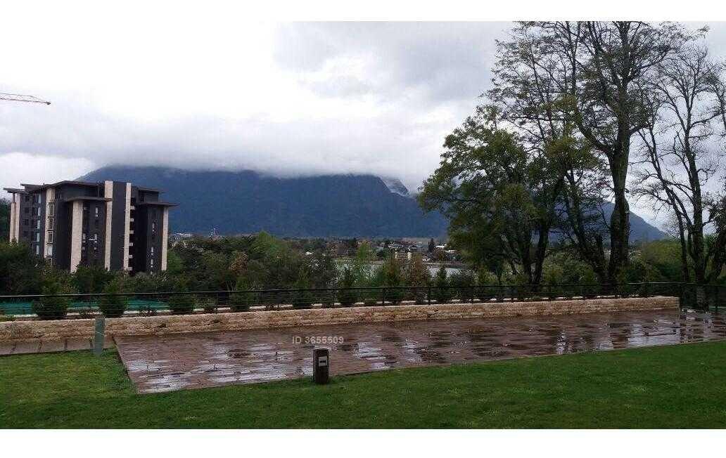 se arrienda en febrero hermoso departamento con gran parque con acceso al lago en pucón