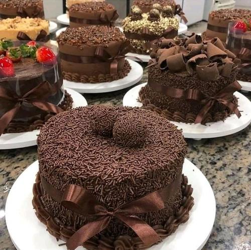 se elaboran pasteles para todo tipo de eventos