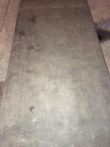 se fabrican tarima o sobre pisos de toldo