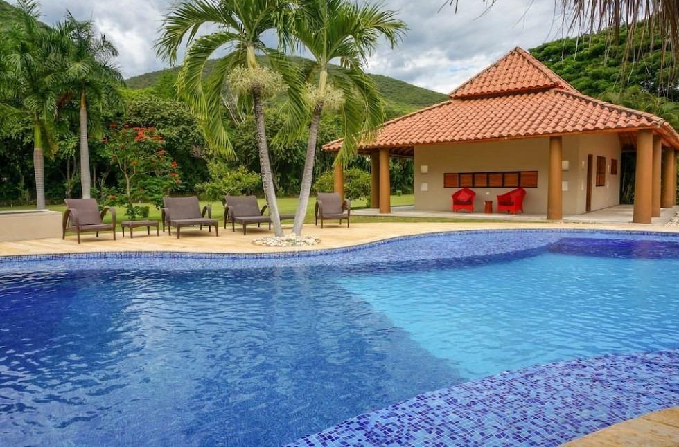 se ofrece casa quinta privada en san gil