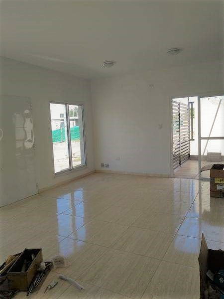 se ofrece ph para la venta excelente casa 2 dormitorios y 2