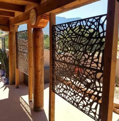 se personalizan puerta, ventanas y espacios en interiores.