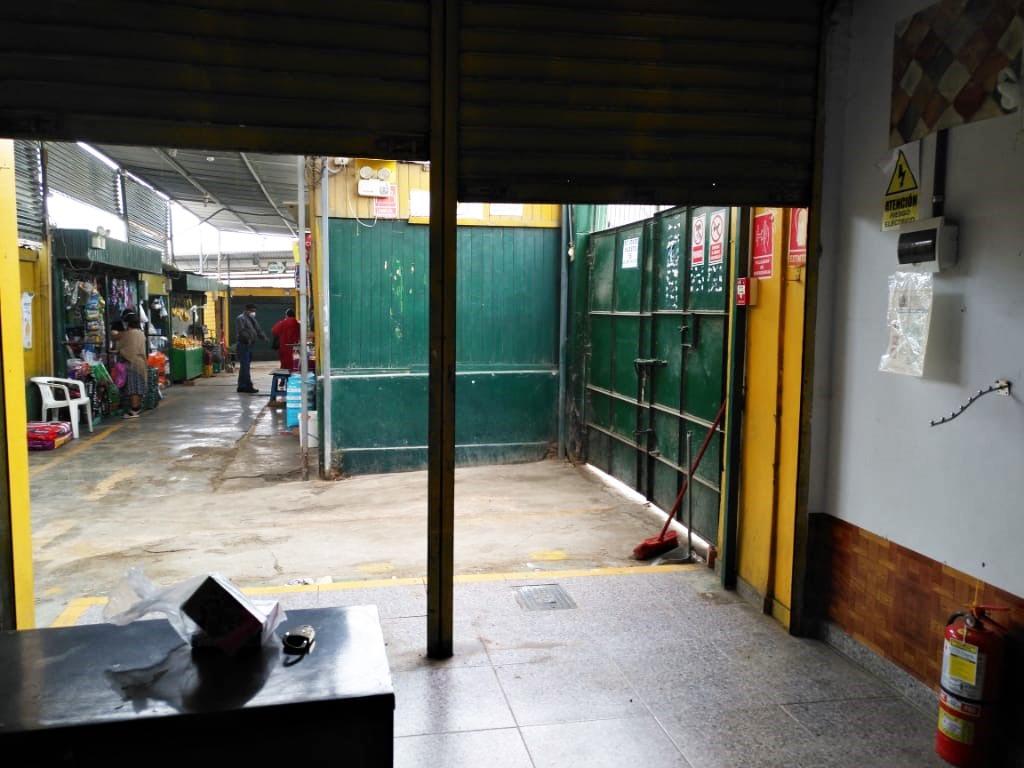 se remata local comercial - mercado  ángel castillo sierra