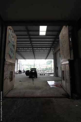 se renta amplia bodega de 1,100 m2 en col. chipitlán salida a méxico a