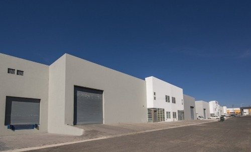 se renta bodega 770 m2 dentro de parque industrial