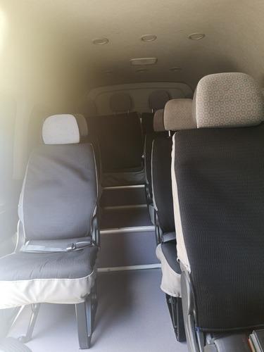 se renta camionetas para 14 pasajeros