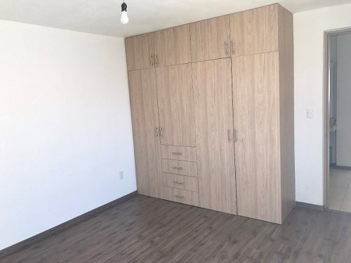 se renta casa duplex 1er piso las condes corregidora qro.