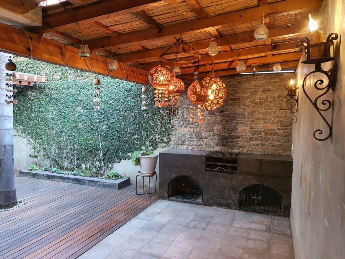 se renta casa en milenio, 4 recamaras, una en pb, 3.5 baños, roof garden, bar...