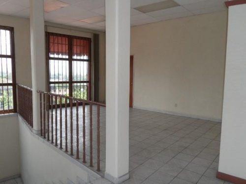 se renta edificio en dos plantas, cada nivel de 150 m2, col. centro cl