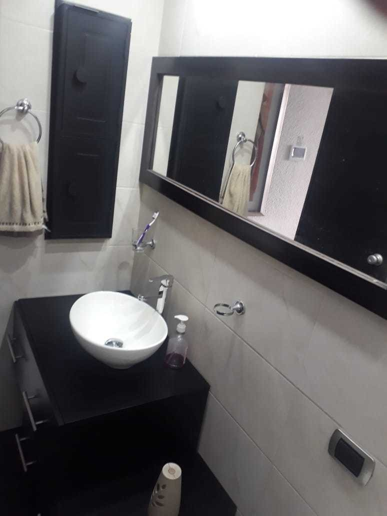 se renta hermoso apartamento en marly.