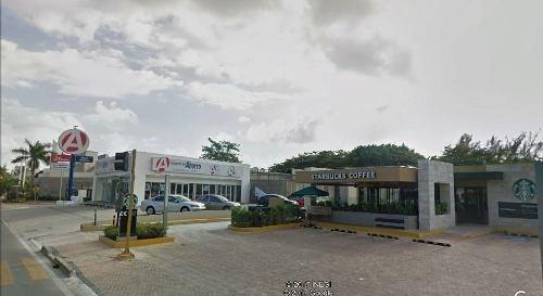 se renta local comercial de 122 m2 blvd. kukulkan cancun q.roo p2146