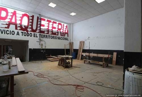 se renta local comercial en chipitlán de 470 m2 clave lr743