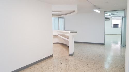 se renta oficina 360 m2 en torres gemelas
