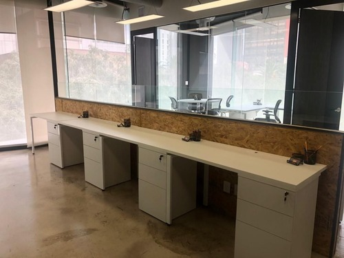 se renta oficina amueblada en colonia juarez para 2-4 personas.