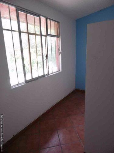 se renta oficina de 65 mts dentro de plaza comercial en tlaltenango cl