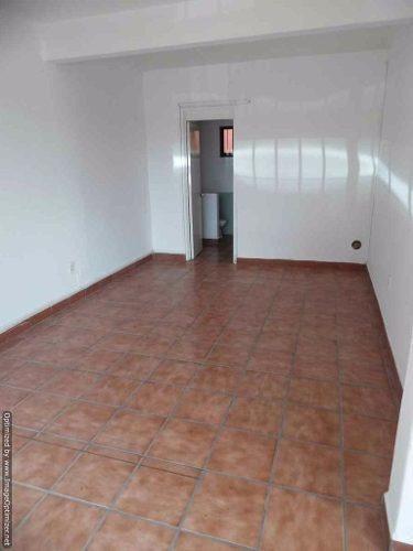 se renta oficina dentro de plaza comercial en tlaltenango clave or706