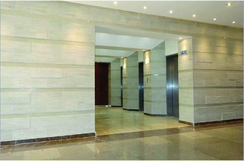 se renta salón de 160 mts  $20,000.00 en centro empresarial