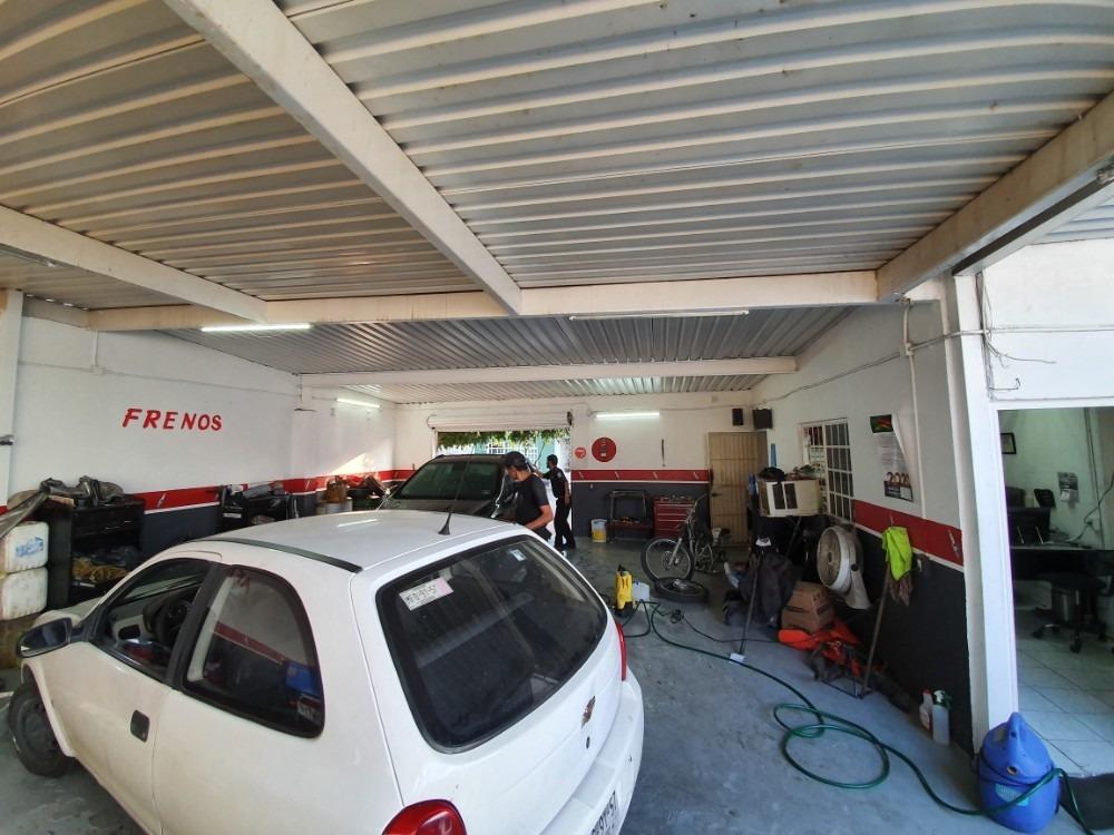 se renta taller mecánico equipado