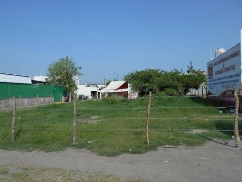 se renta terreno en esquina en av. pablo silva en villa de álvarez, colima