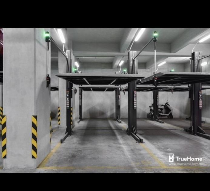 se renta un ambiente con estacionamiento
