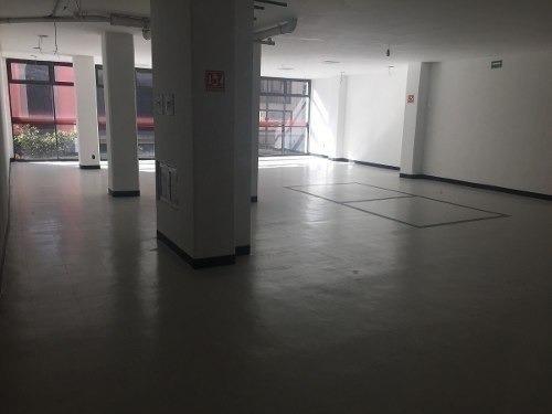 se rentan oficinas de 280 metros en el centro