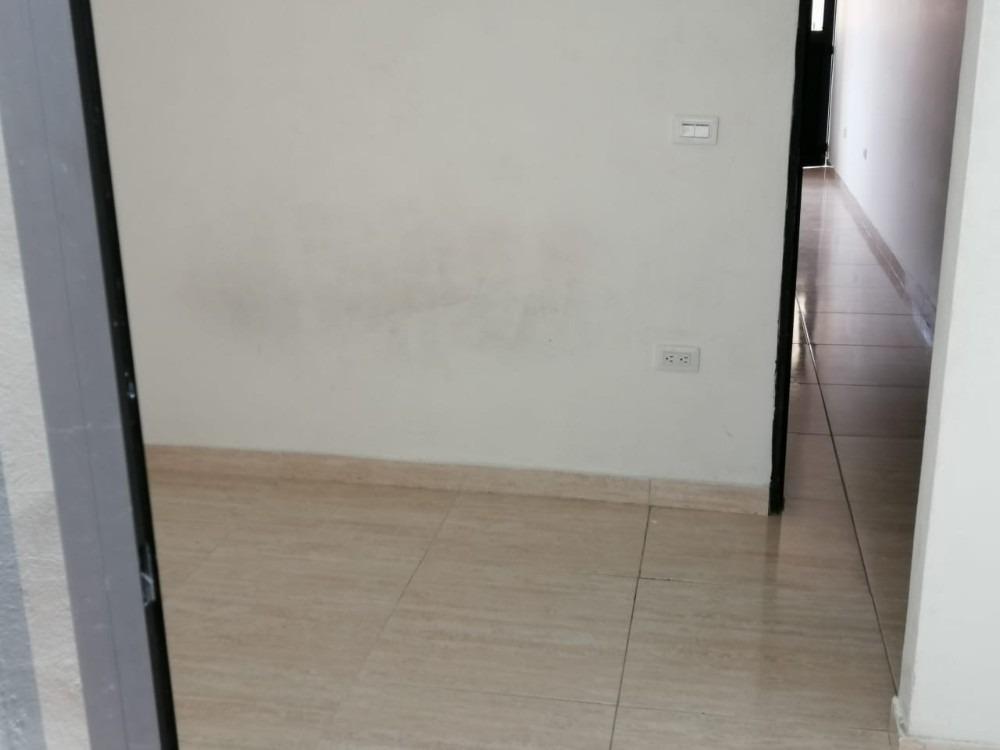 se vende acogedor apartamento terminado, en el 12 de octubre