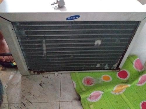 se vende aire acondicionado ( de pared )