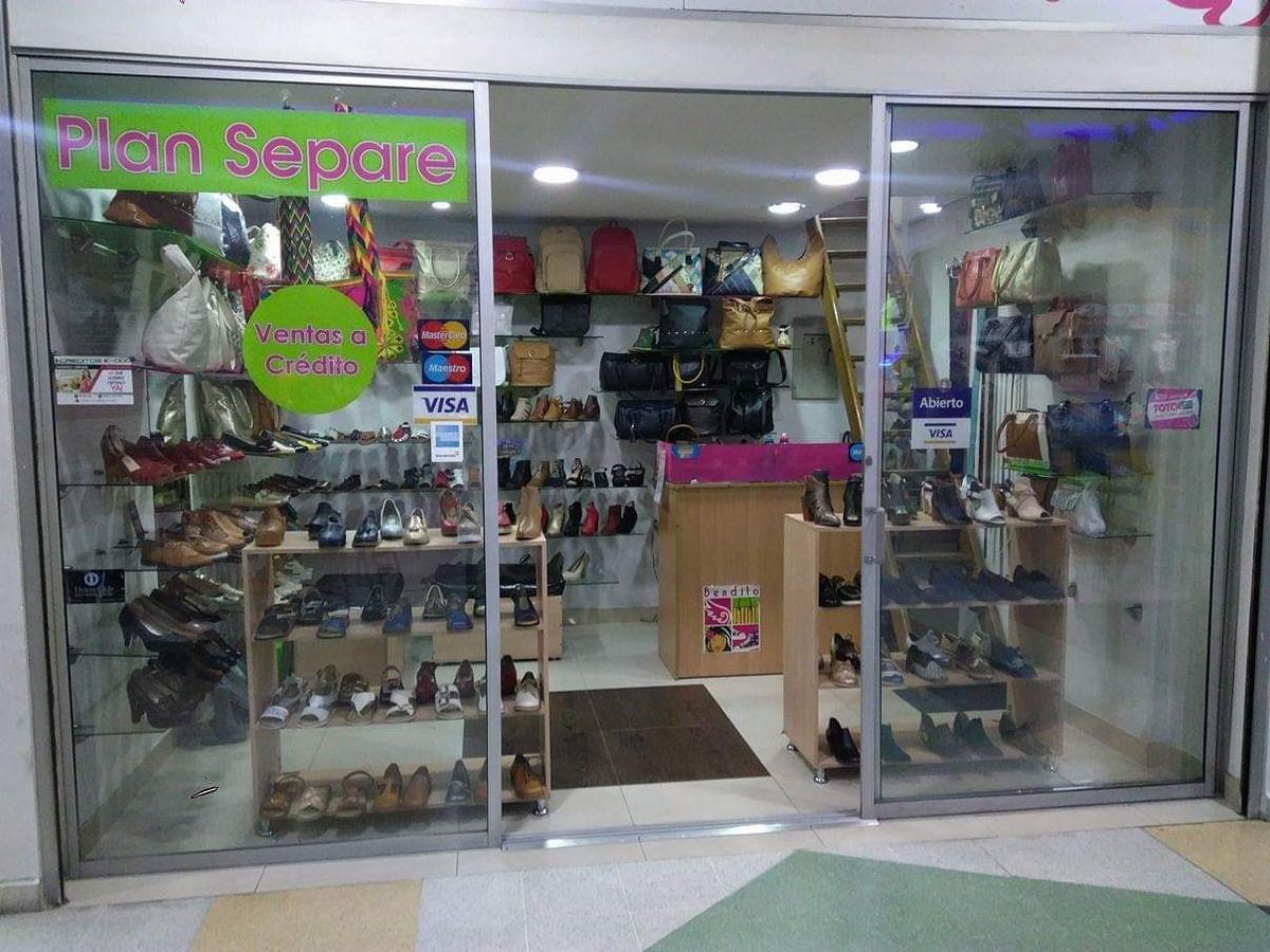 se vende almacén de productos de cuero acreditado.