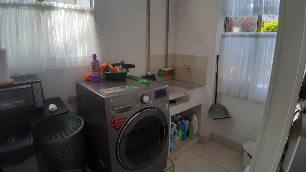 se vende amplio apartamento en ibague