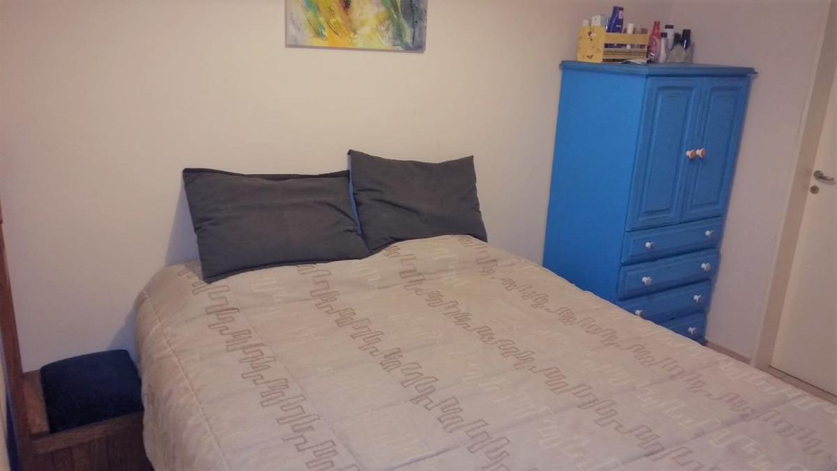 se vende amplio departamento 1 dorm y medio en nva cba!