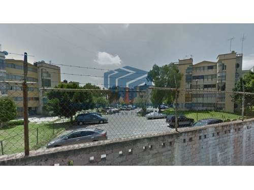se vende amplio departamento ubicado en san carlos ecatepec