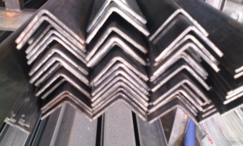 se vende angulos perfilados de 40 x 4 mm x 6 mts hierro