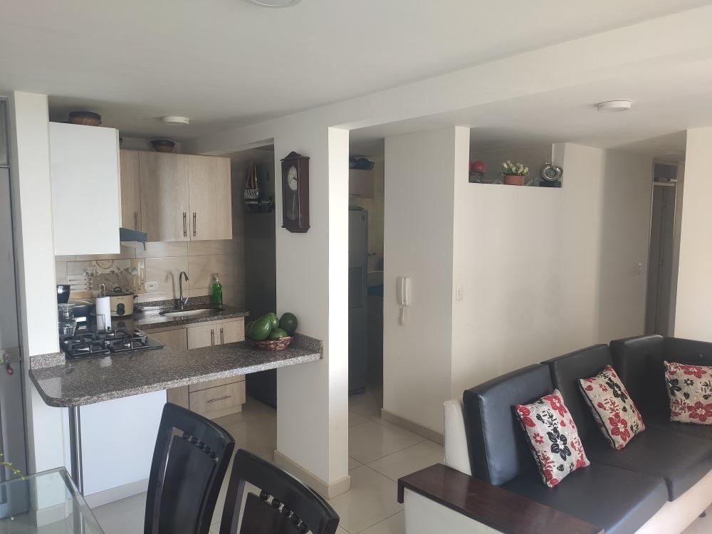 se vende apartamento 3 habitaciones, 2 baños, y parqueadero
