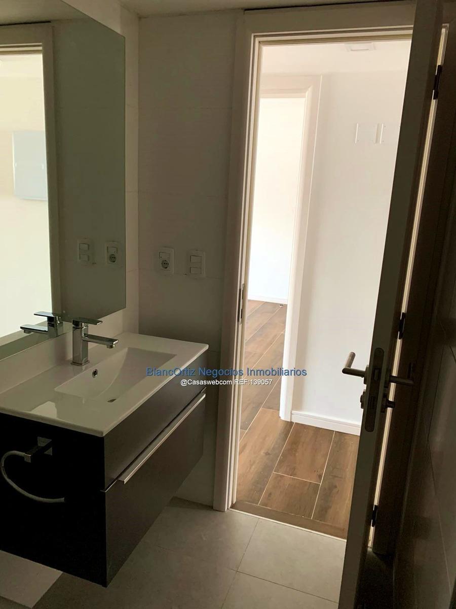 se vende apartamento de 2 dormitorios en pocitos