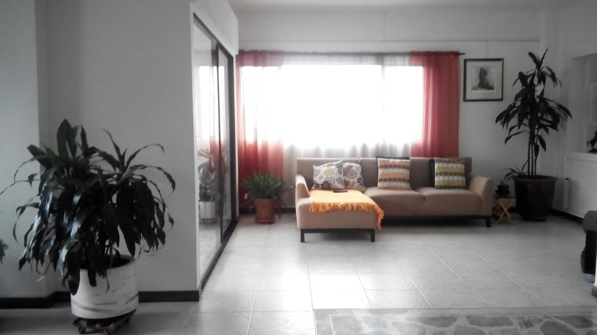 se vende apartamento duplex en castropol,medellin