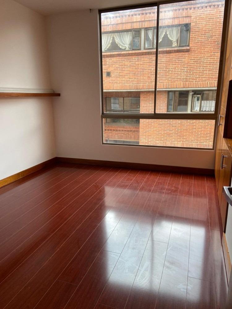se vende apartamento en chico bogotá id: 0335