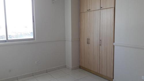 se vende apartamento en condado del rey #18-8535 **hh**