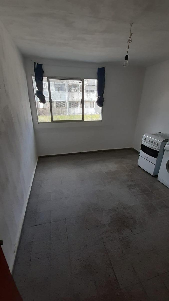 se vende apartamento en malvin norte