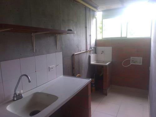 se vende apartamento, san rafael, envigado, código 673497