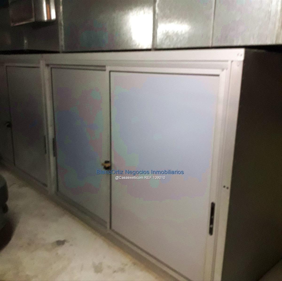se vende aprtamento de 3 dormitorios y garaje doble malvin