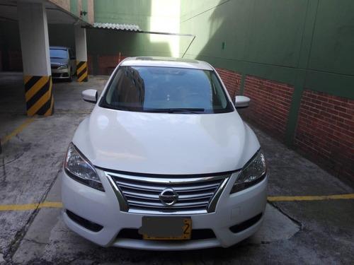 se vende automóvil automático sedan marca nissan sentra 1.8