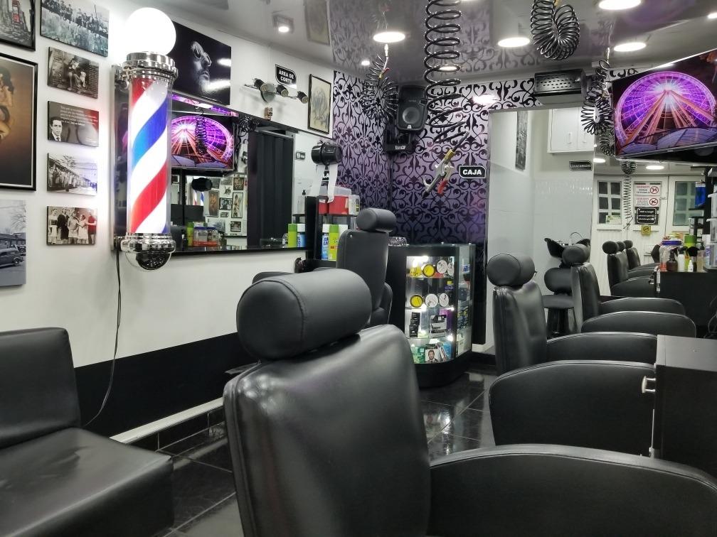 se vende barberia acreditada