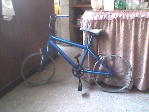 se vende bicicletas falta de caucho nada mas