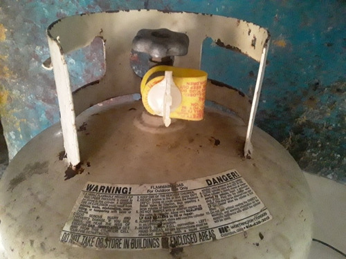 se  vende bombana de gas parillero urgente