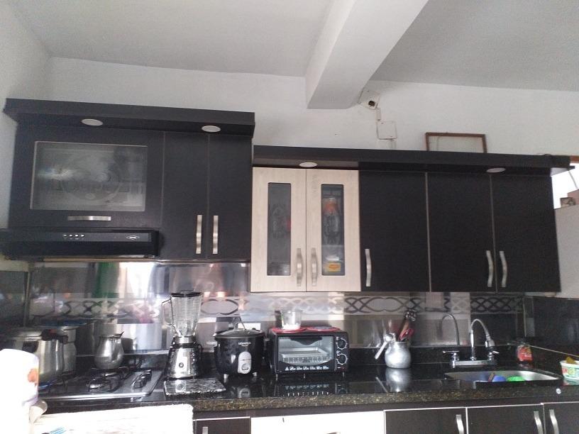 se vende  bonito apartamento muy bien ubicado.